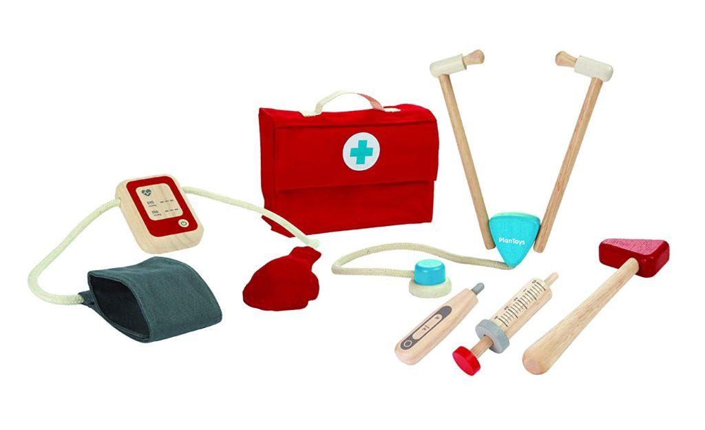 3. Set doctor plan toys